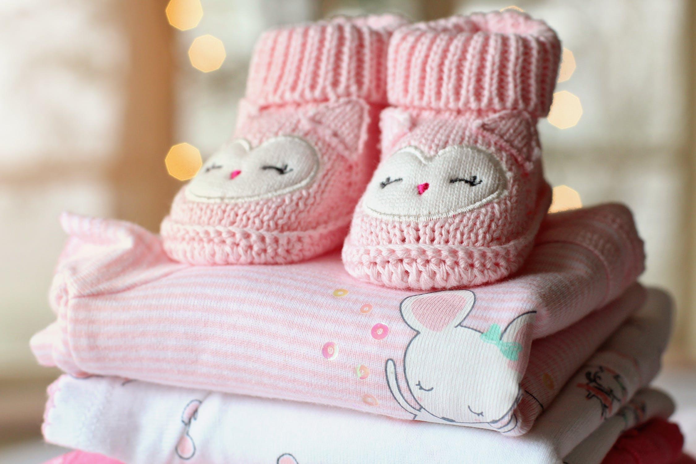 Babykleding Kopen.Babykleding Online Kopen Alle Babymaten Op Een Rijtje En Handige Tips